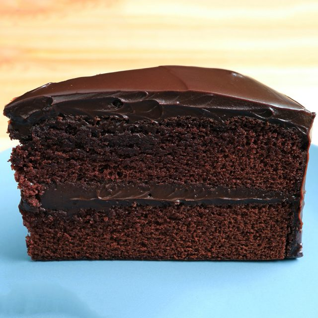 chocolate cake for sculpting