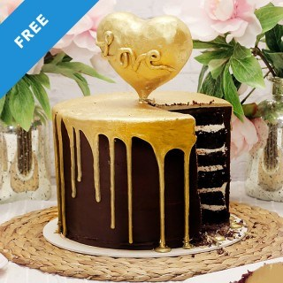 Heart of Gold Drip Cake