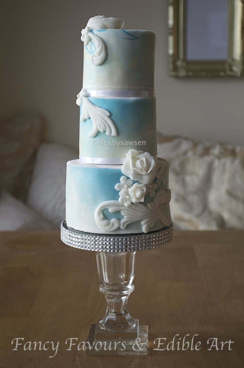 sky-blue-bas-relief-mini-tiered-cake-white-elegant-21-1