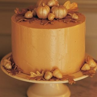 Elegant Thanksgiving Cake