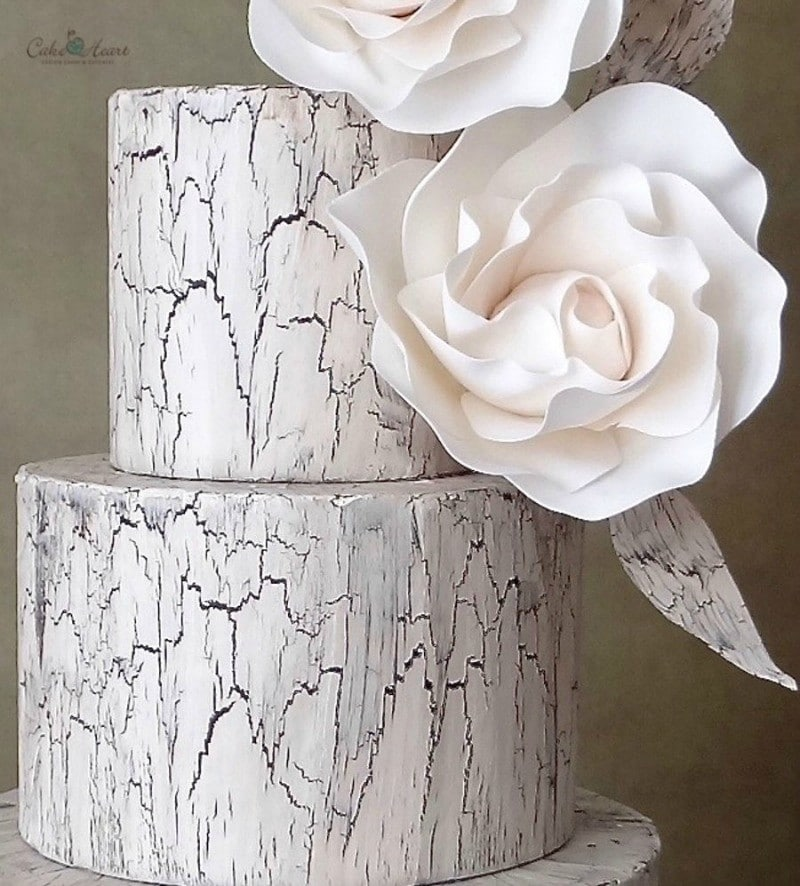 Crackle Effect Cake