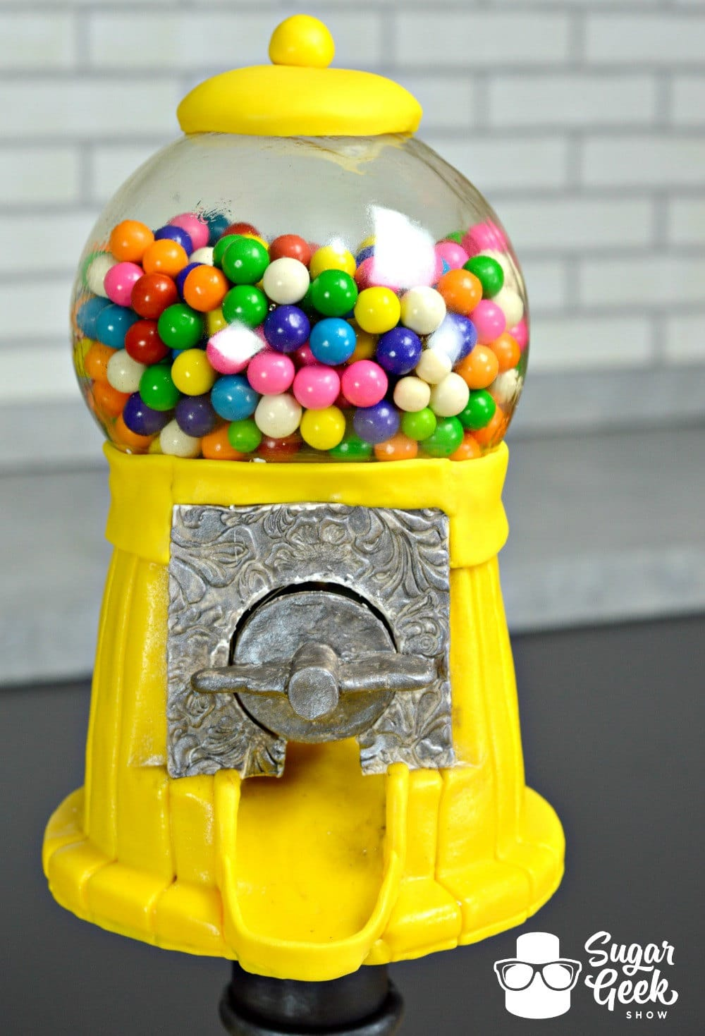 Working Gumball Machine Cake Edible Glass Globe