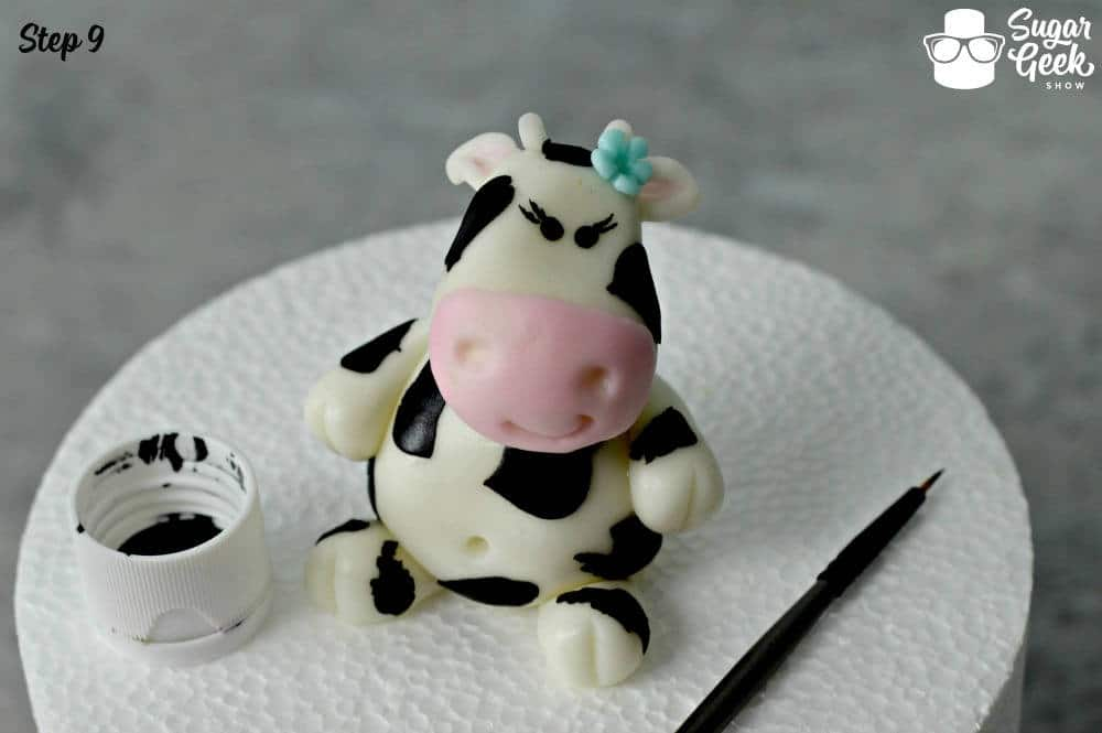 Fondant Cow Topper Tutorial
