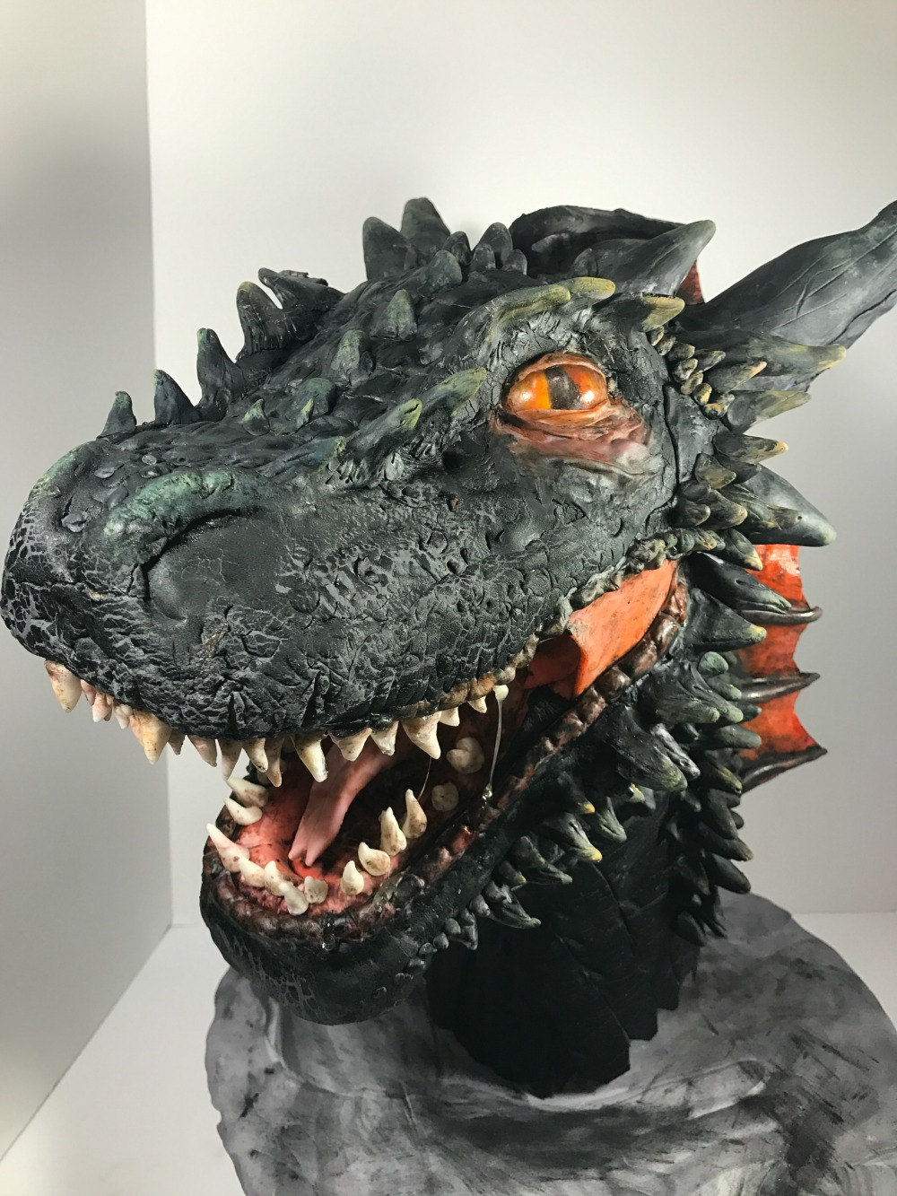 Dragon Cake Crackle Skin