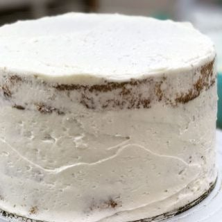 Cake Basics: How to Crumb coat a Cake