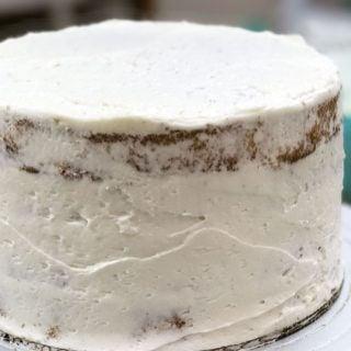 Cake Basics: How to Crumb coat a Cake