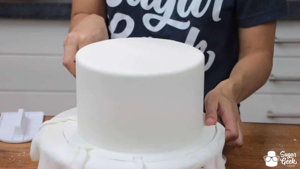 How to get sharp fondant edges