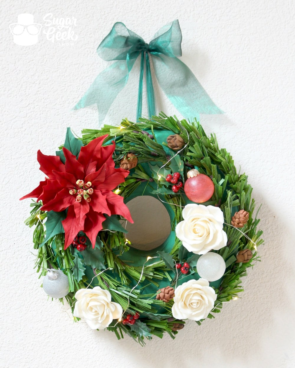 Hanging Christmas Wreath Cake