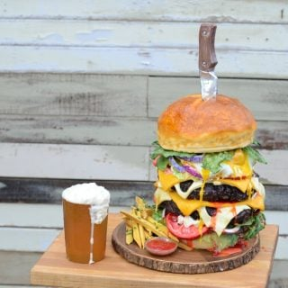 Giant Burger Cake Giant Gummy Beer