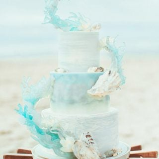 beachy wedding cake waves