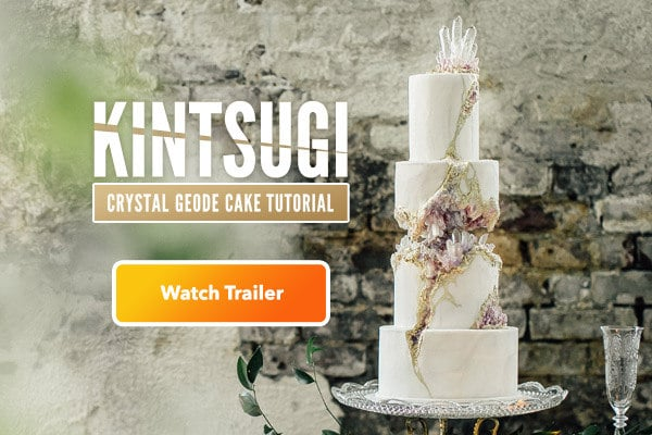 kintsugi-crystal-geode-wedding-cake-slide-mobile-out