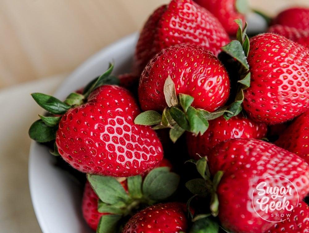 fresh strawberries in strawberry cake