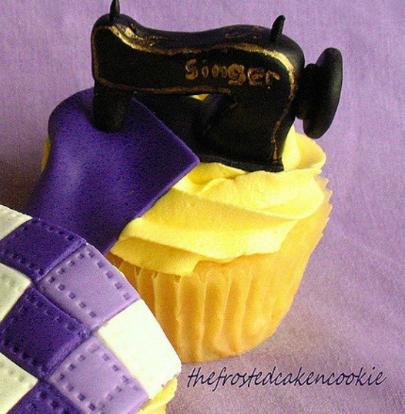 sewing machine cupcake topper