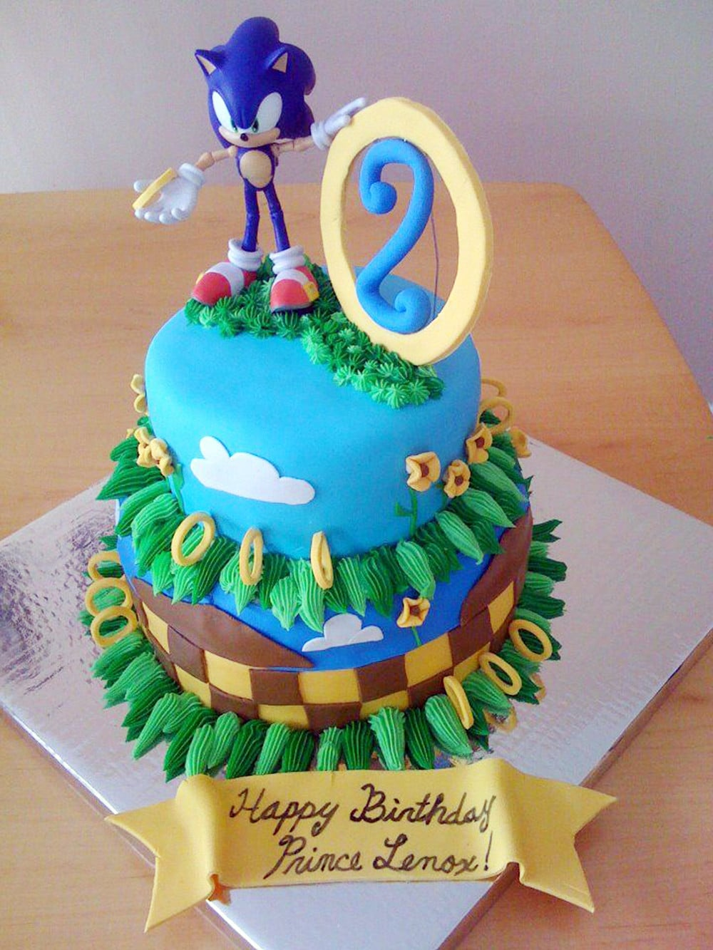 easy sonic the hedgehog cake