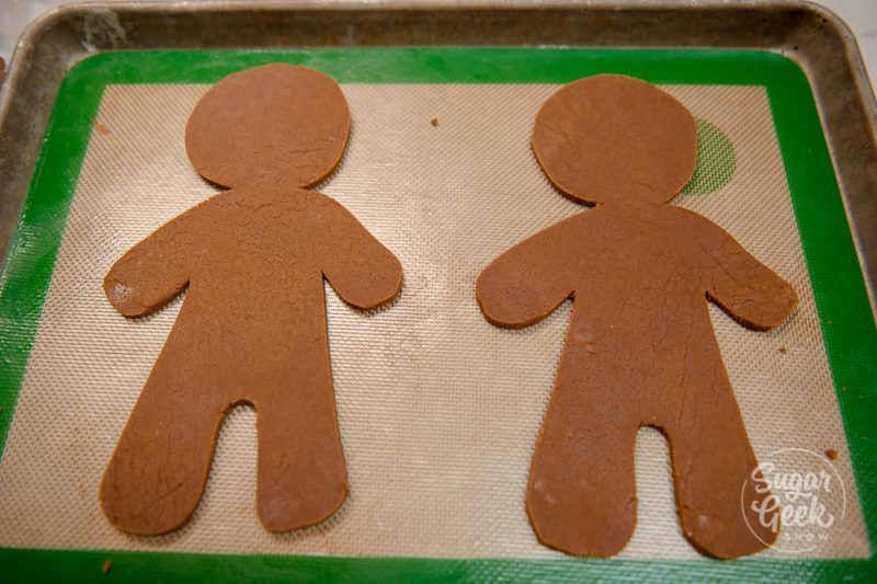 giant gingerbread man cookies