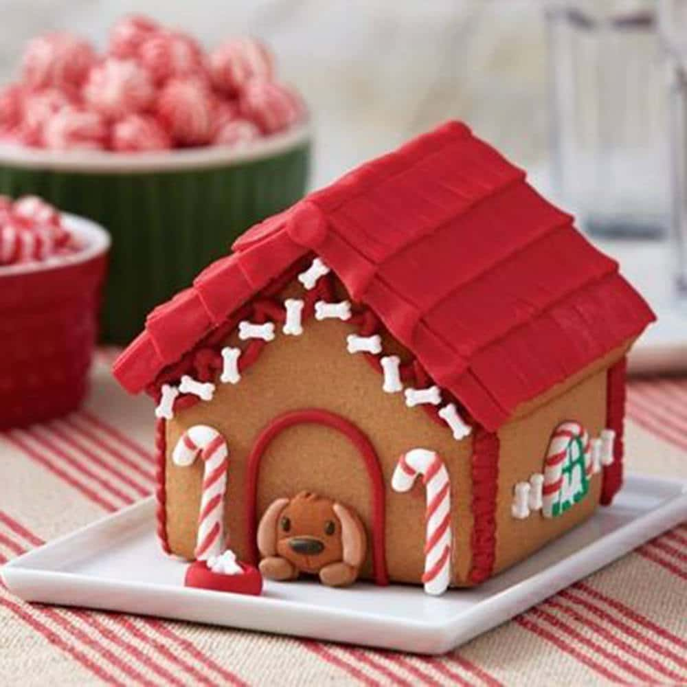 gingerbread doghouse