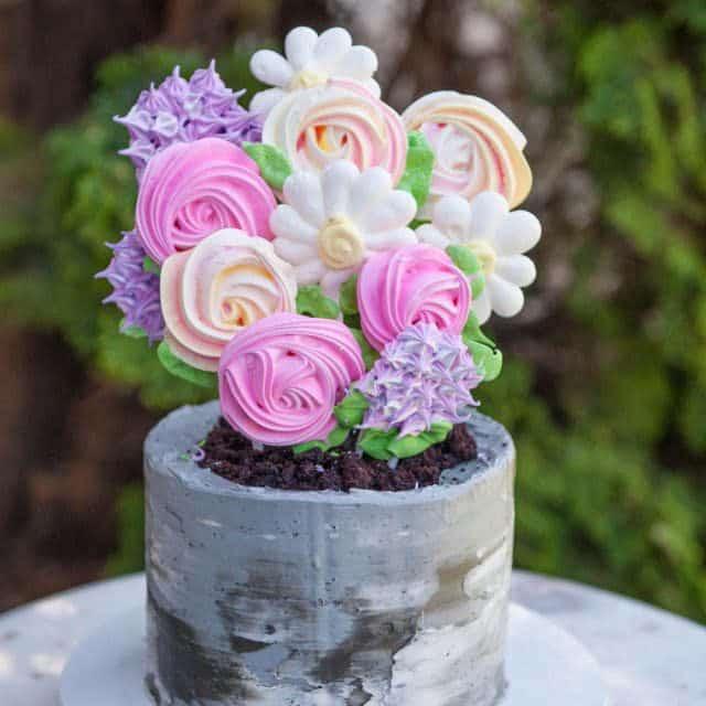 meringue pop flowers cake