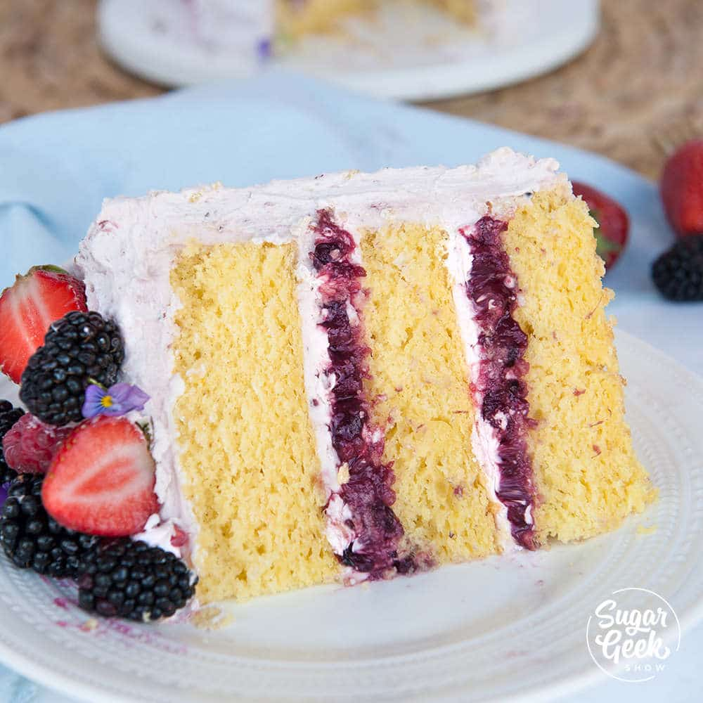 lemon cake with berry cake filling