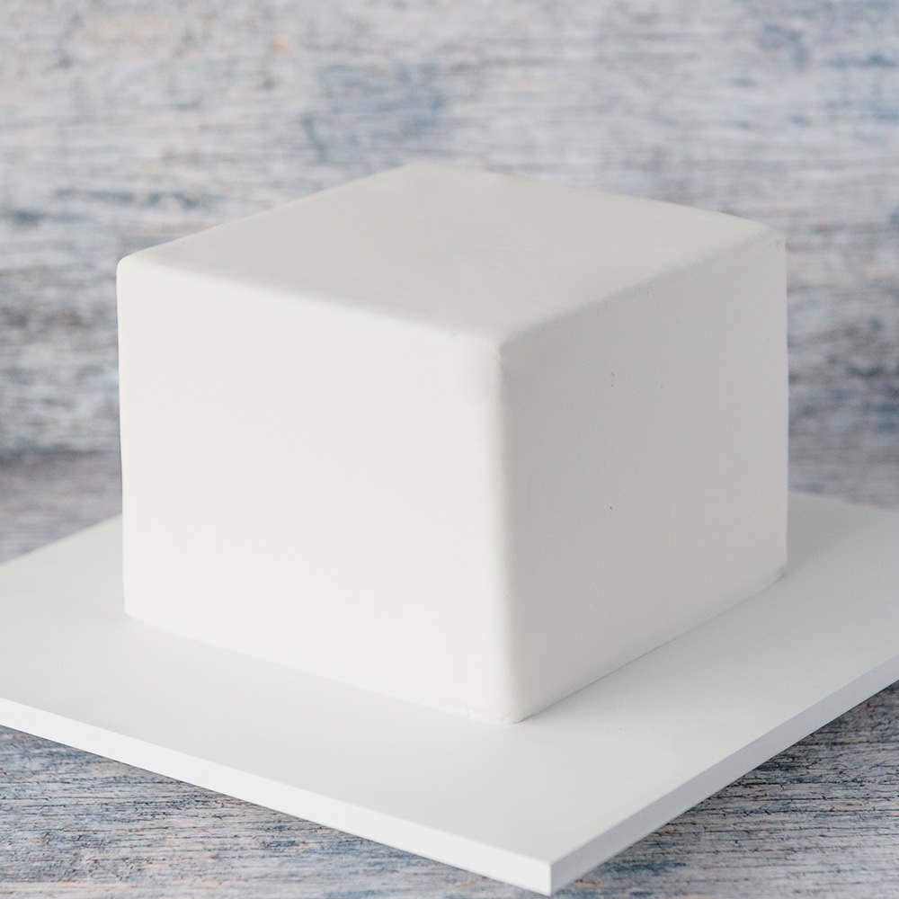 how to make a square fondant cake