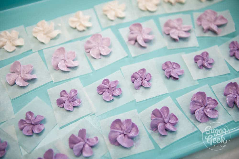 easy buttercream flowers