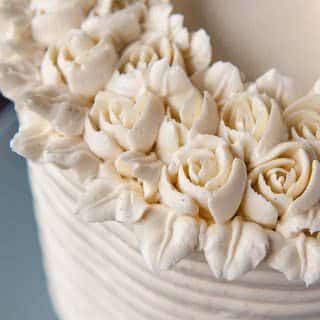 vanilla bean buttercream flowers