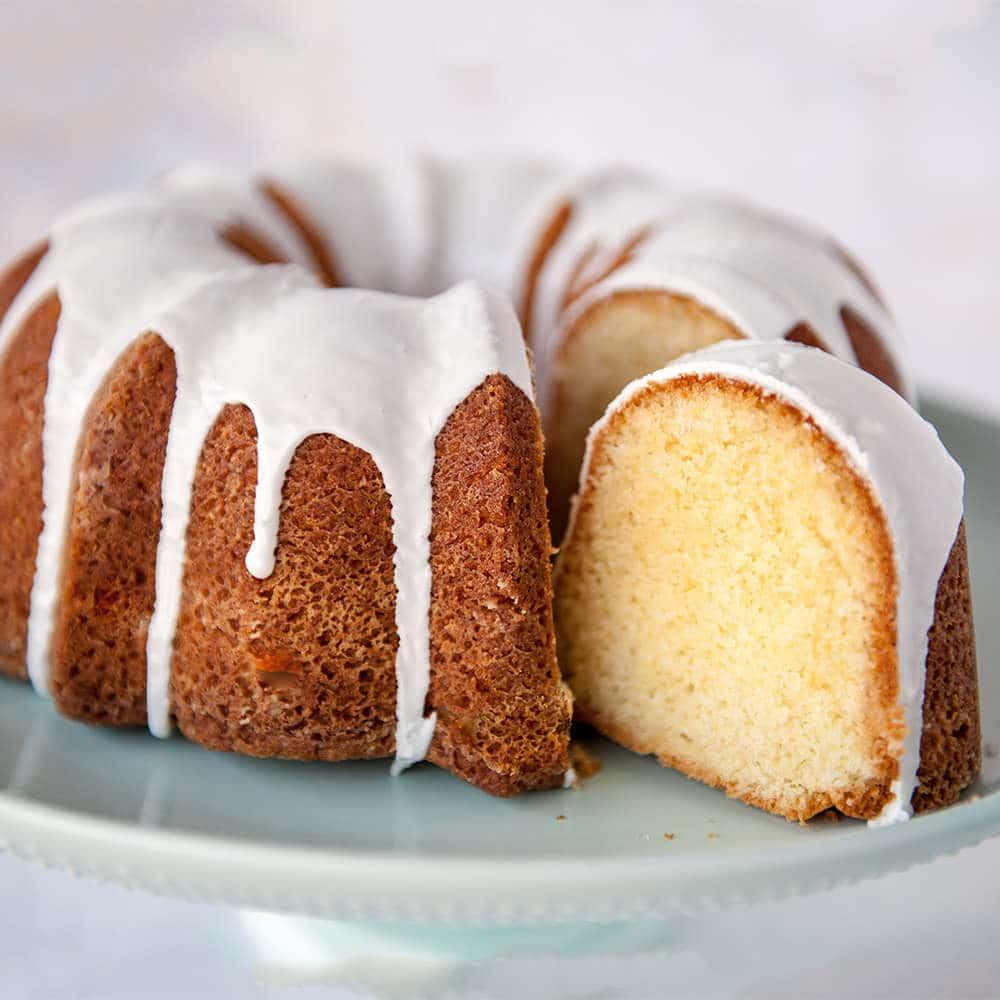 Classic-Vanilla-Bundt-Cake-Video-Tutorial-Sugar-Geek-Show
