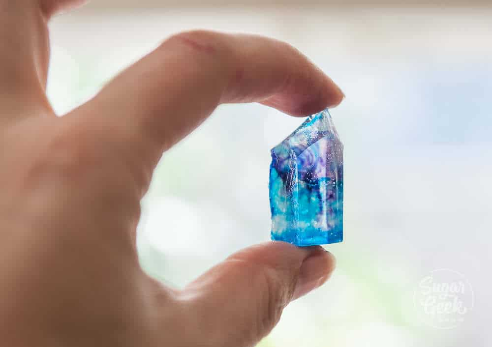 cut kokakutou into crystal shape