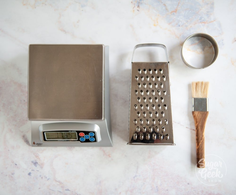 equipment for making strawberry shortcake