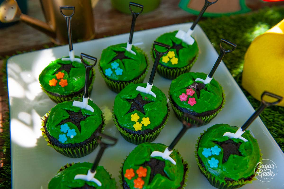 animal crossing fossil cupcakes with plastic shovels