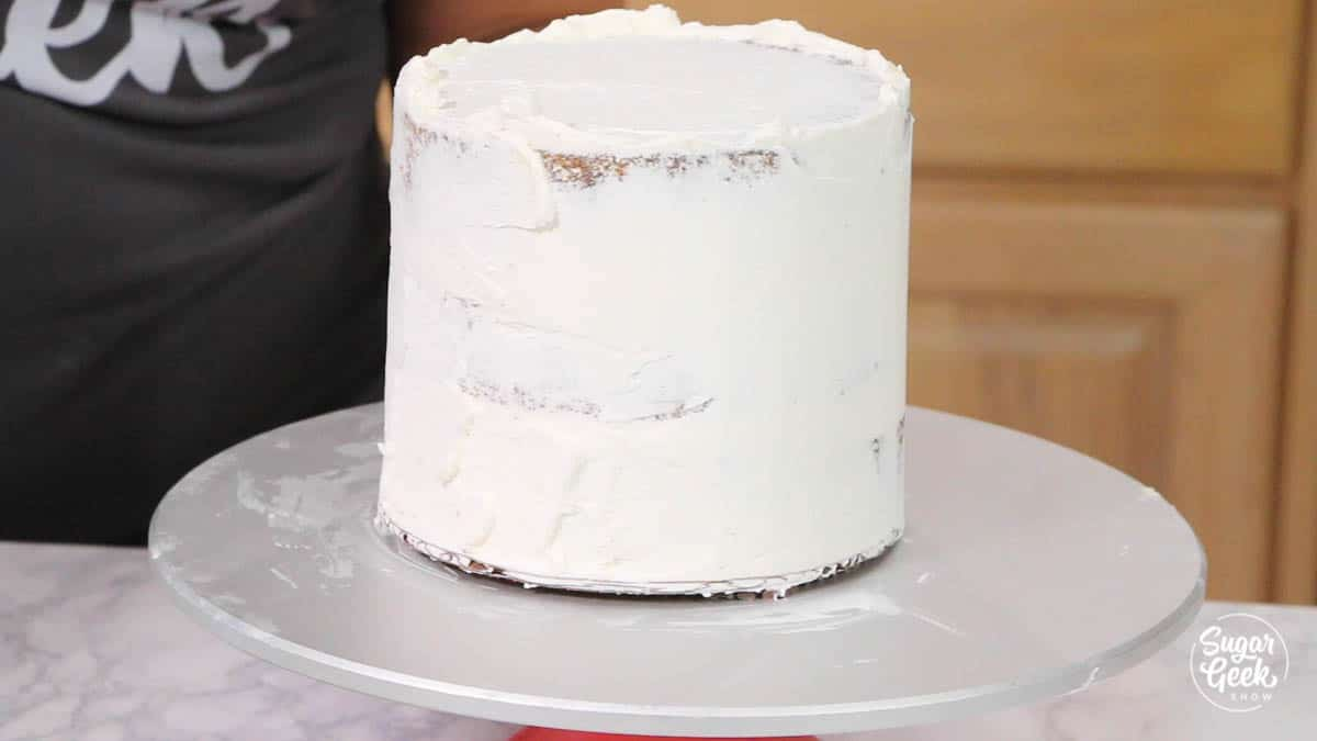 "white buttercream on a 6"" cake"