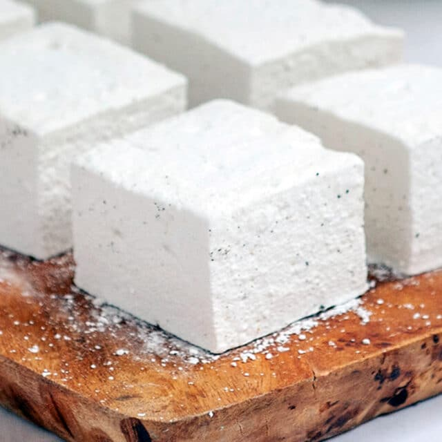 homemade marshmallows featured
