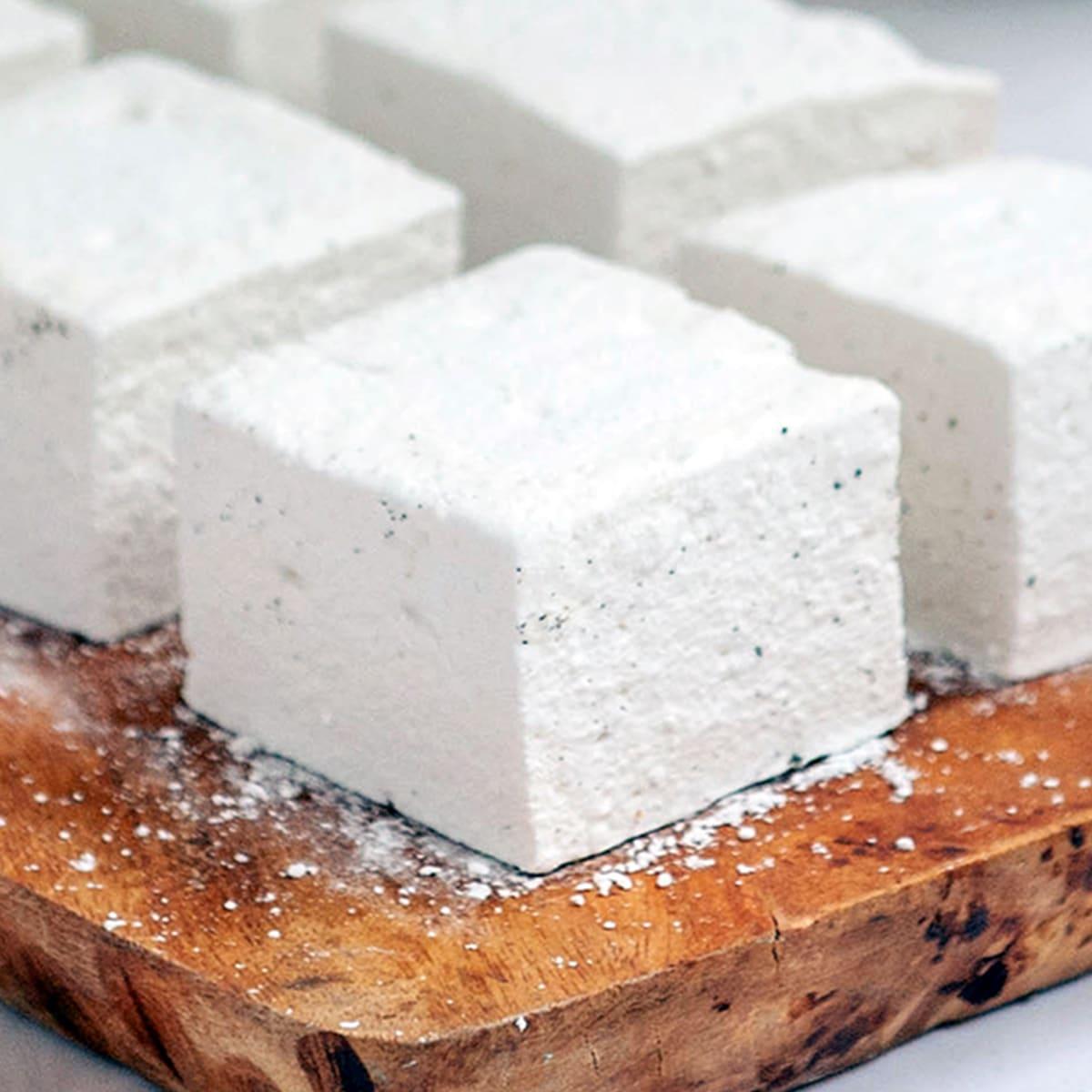 homemade marshmallows featured