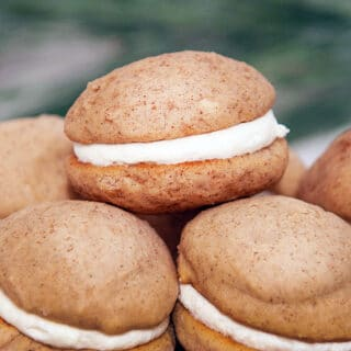 closeup of chai whoopie pie