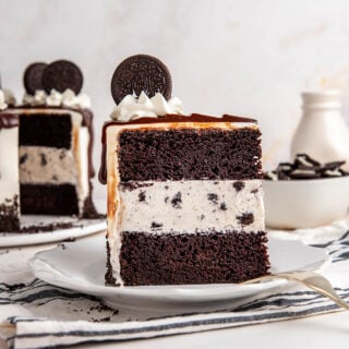 closeup of oreo ice cream cake slice