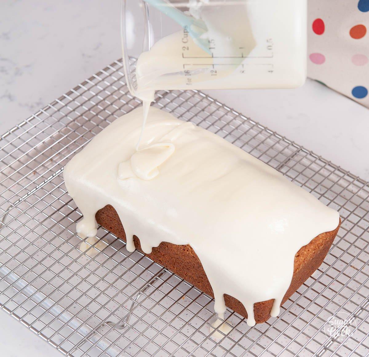 glazing lemon pound cake