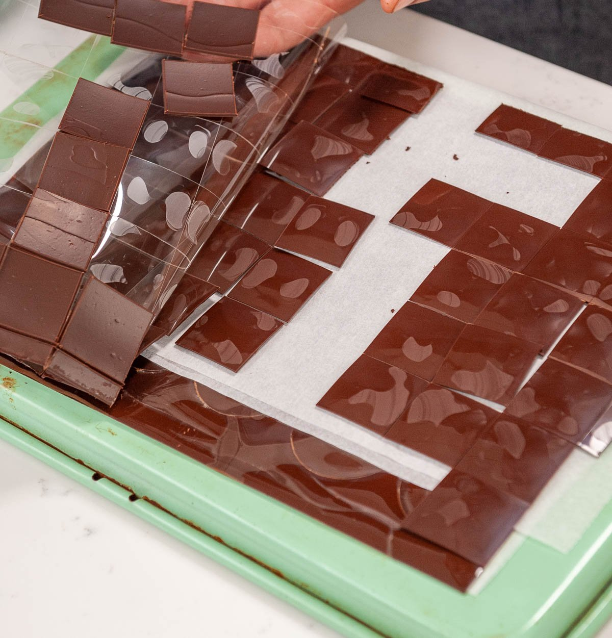 removing chocolate squares from acetate