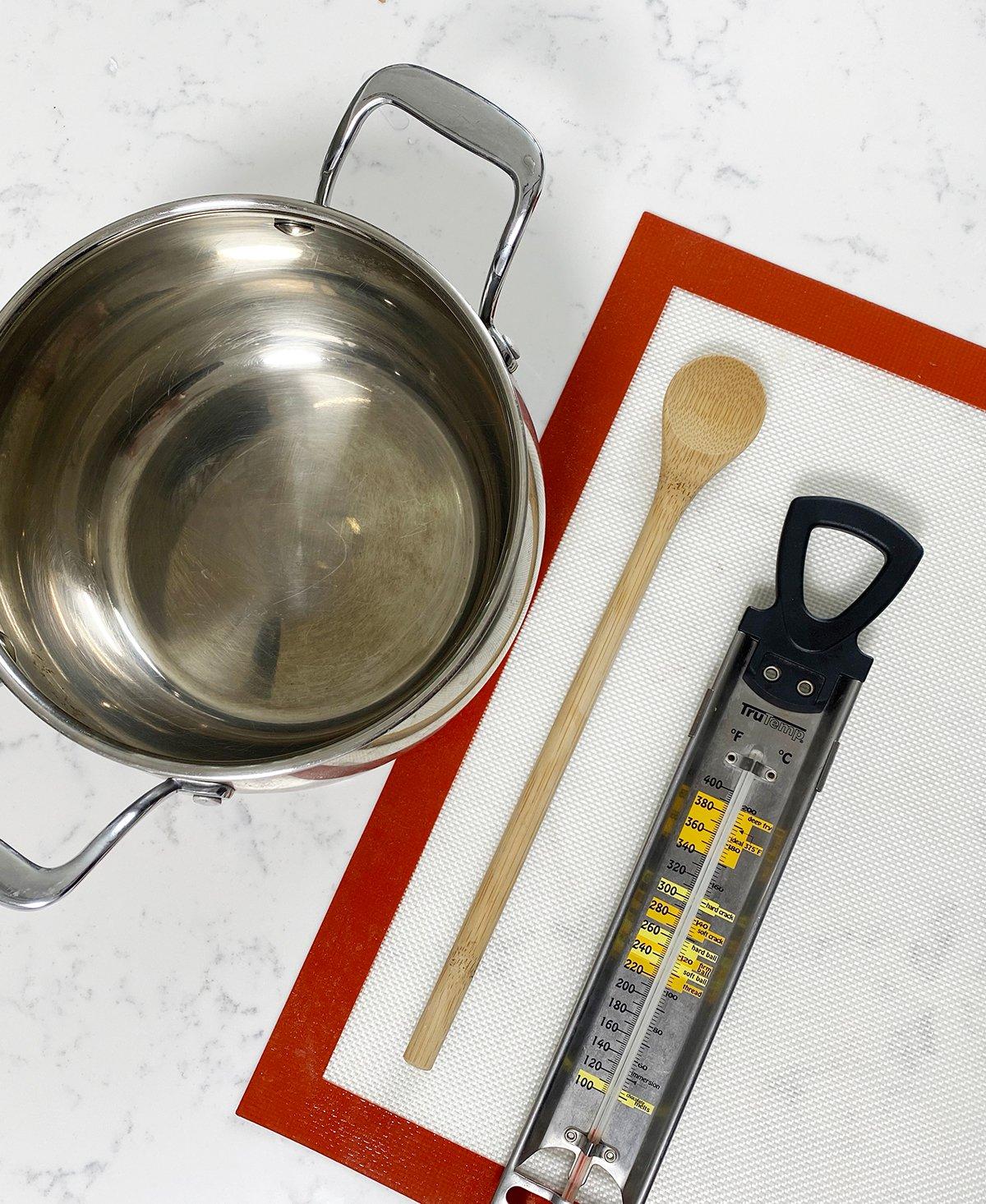 caramel apple tools