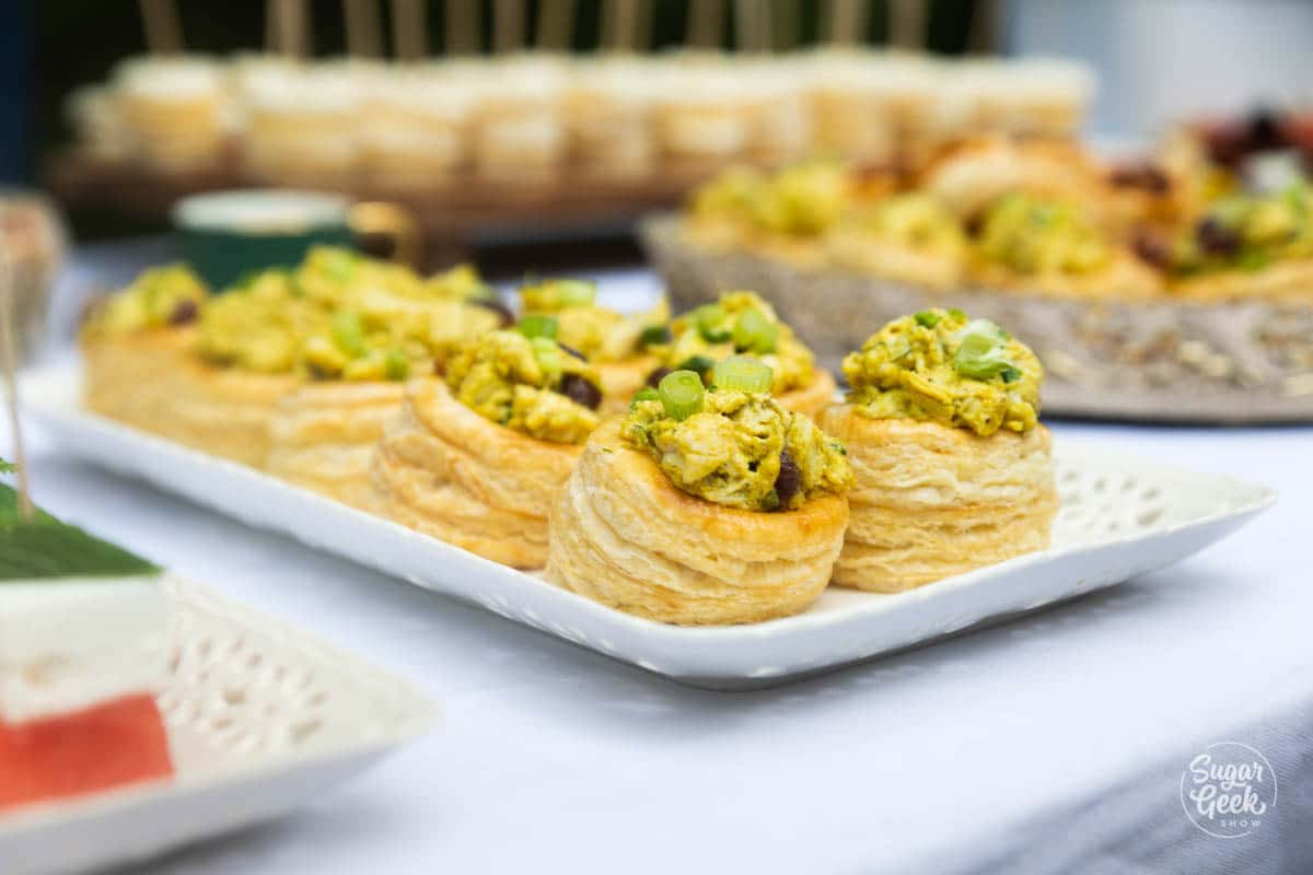 chicken curry puff pastry appetizers