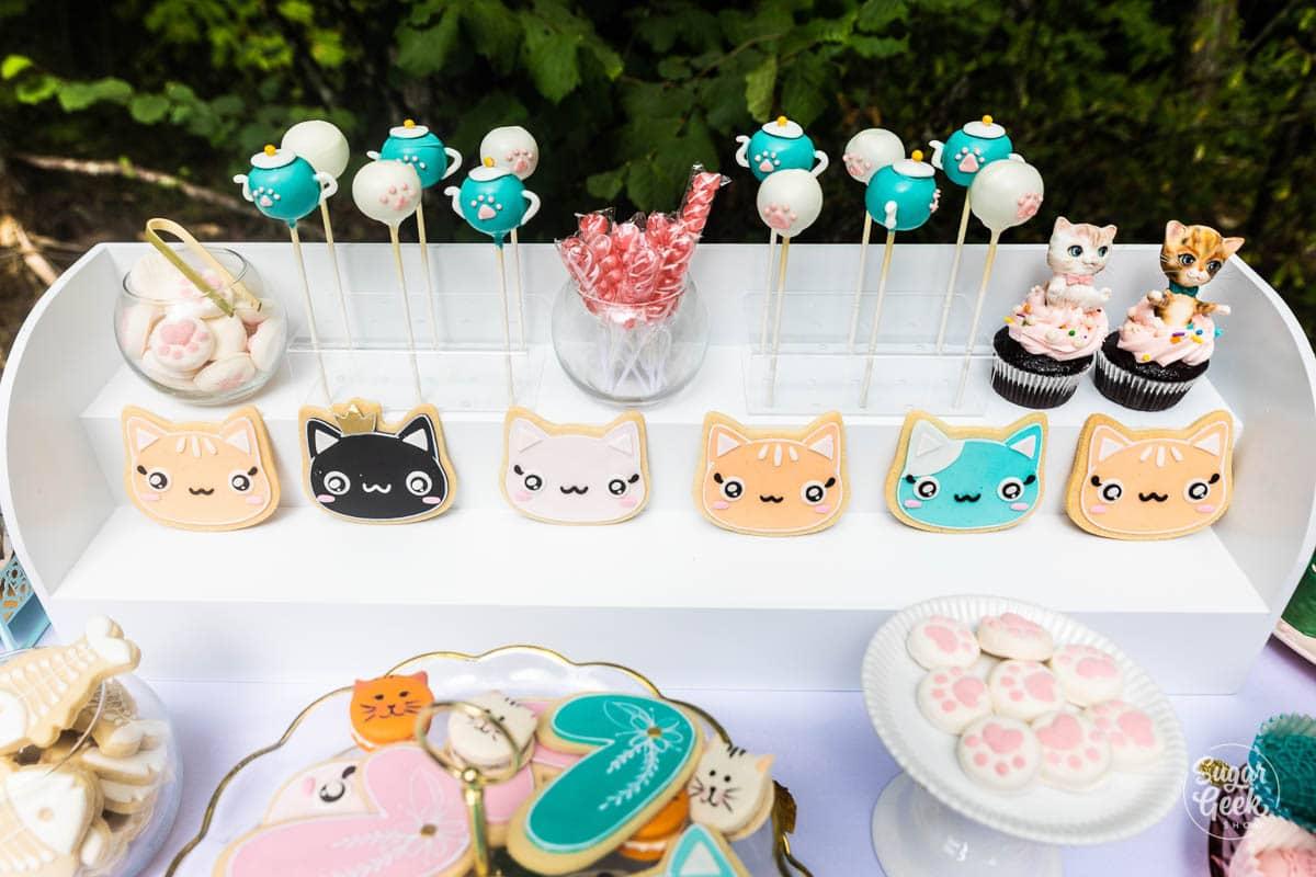 cat themed desserts