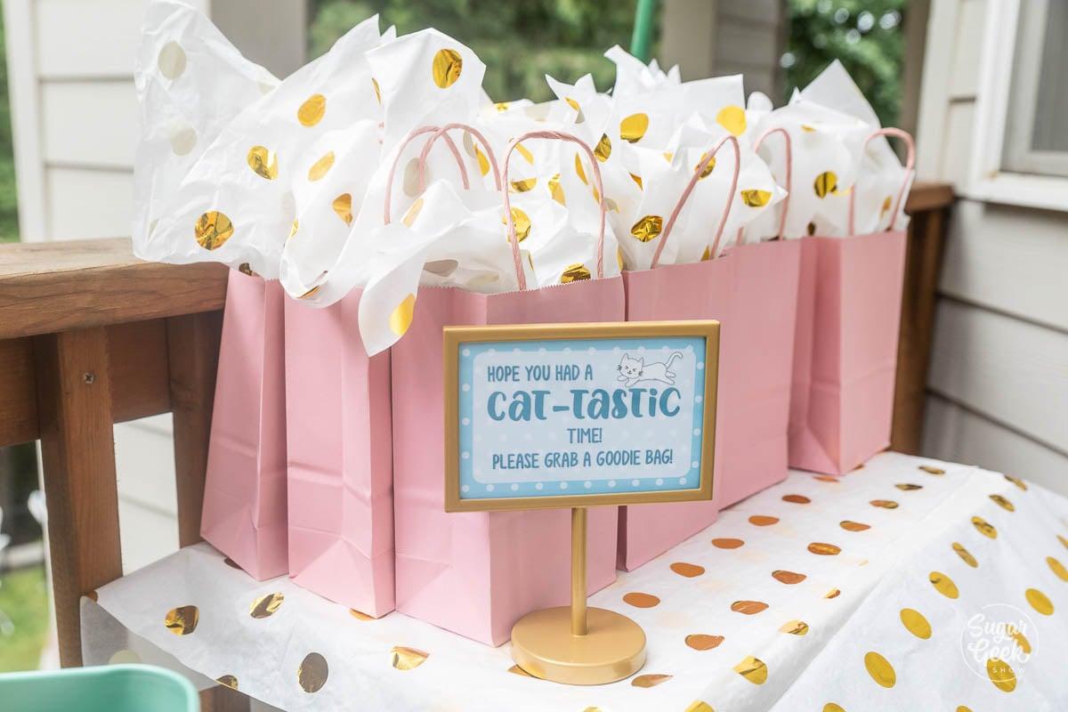 cat-tastic goodie bag sign