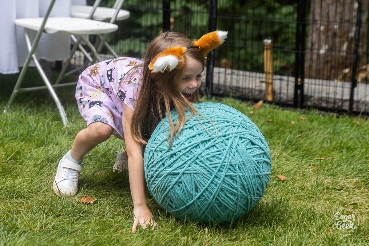 yarn ball race
